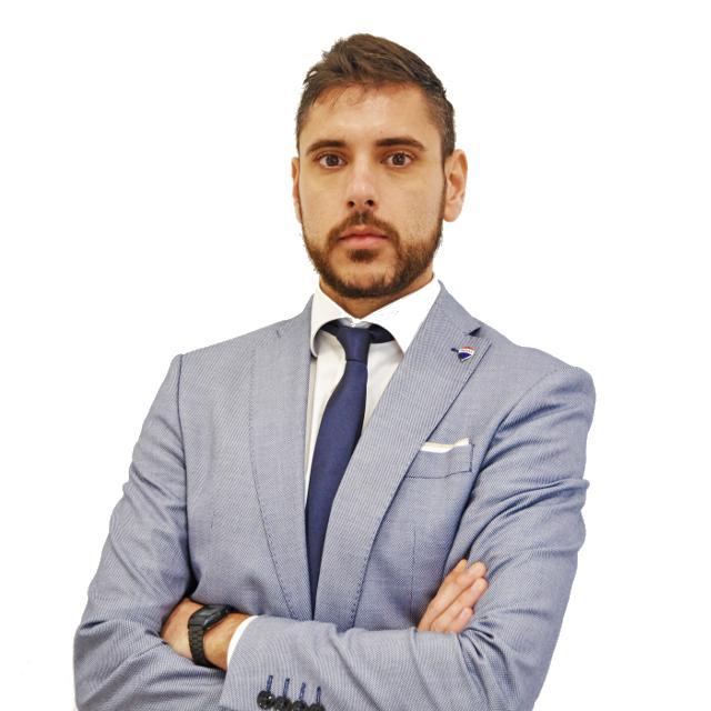 Mattia Ferrari: consulente RE/MAX Area