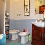 Appartamento in vendita a Fiumicino: bagno