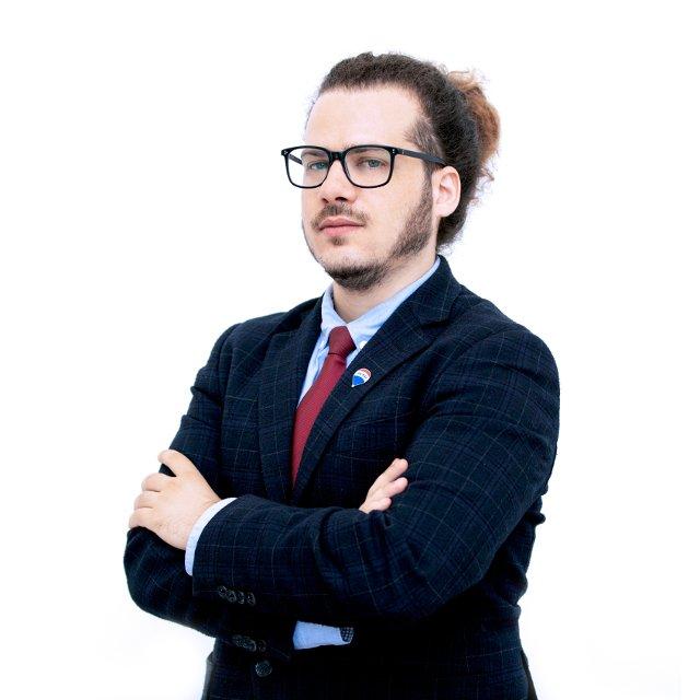 Jacopo Pisu agente immobiliare ReMax Area Roma