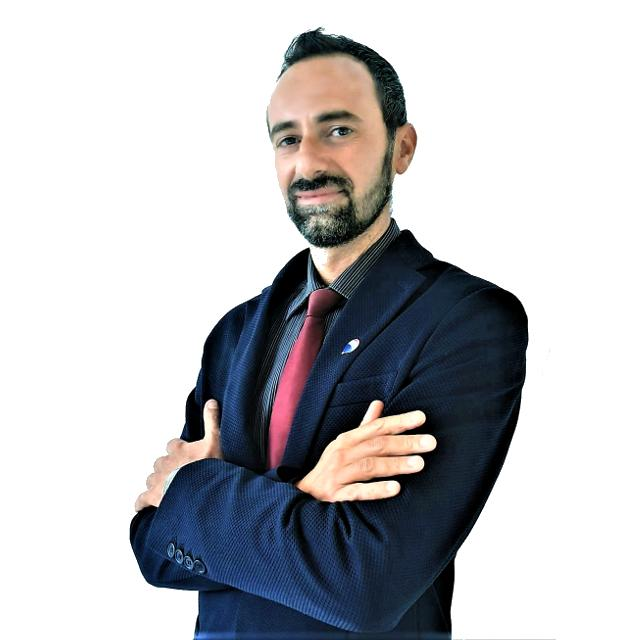 Massimiliano La Bella: agente immobiliare ReMax Area Roma