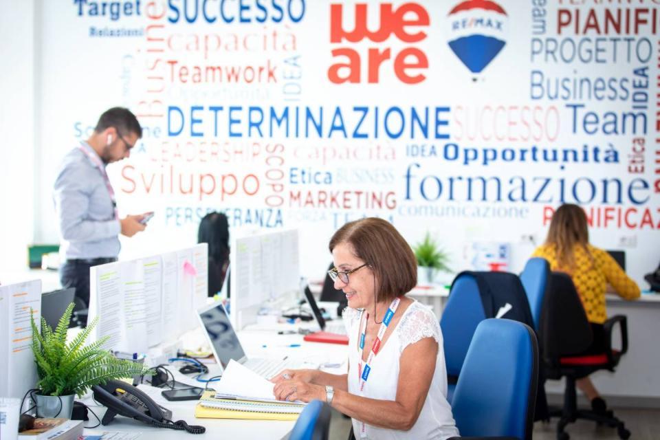 ReMax Area ricerca agenti immobiliari per apertura nuova agenzia a Roma in zona Nomentana Coppedè