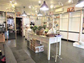 San Giovanni, locale commerciale su due piani in locazione