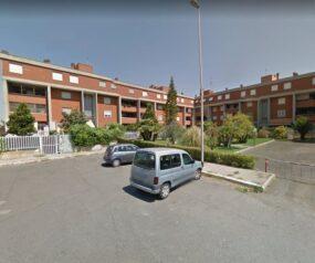 Axa/Madonnetta appartamento ristrutturato con due giardini