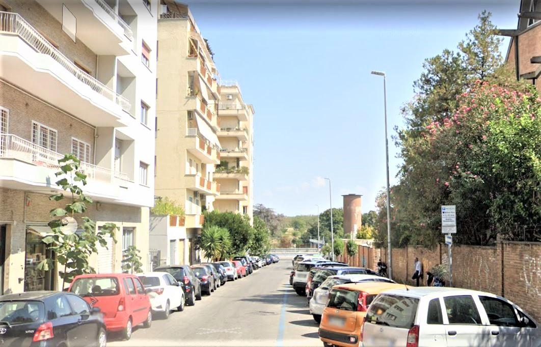 via salento roma appartamento in affitto