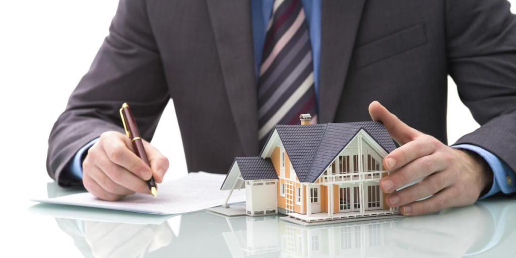 Re/Max Area agenzia di Roma effettua la giusta valutazione immobiliare del tuo immobile.