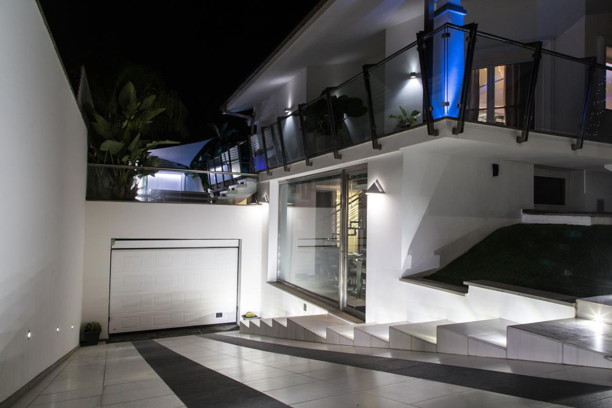 Foto professionale ingresso villa in vendita