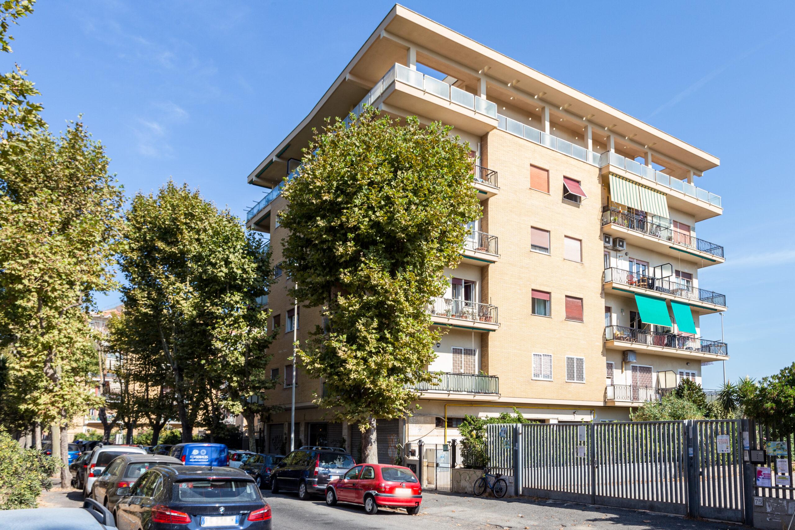 Ostia Levante, Stella Polare – bilocale con balcone in vendita